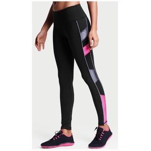 Victoria's Secret Pants - 💕 VICTORIA'S SECRET mesh knockout tight